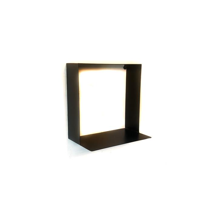 מדפים מרובעים - מדפים מעוצבים שחור|לבן|זהב